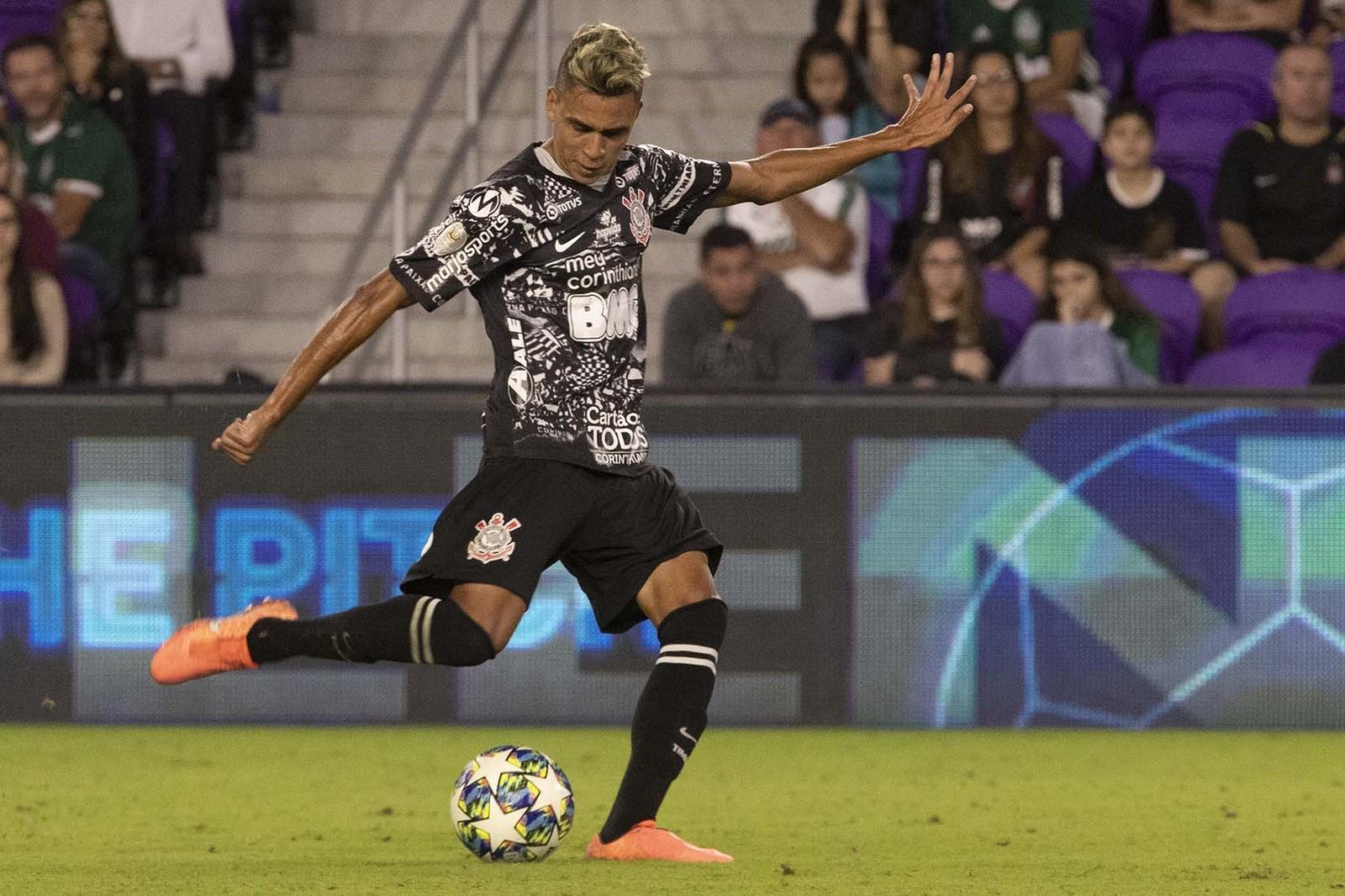 Victor Cantillo em ação pelo Corinthians contra o Atlético Nacional — Foto: Daniel Augusto Jr/Ag. Corinthians