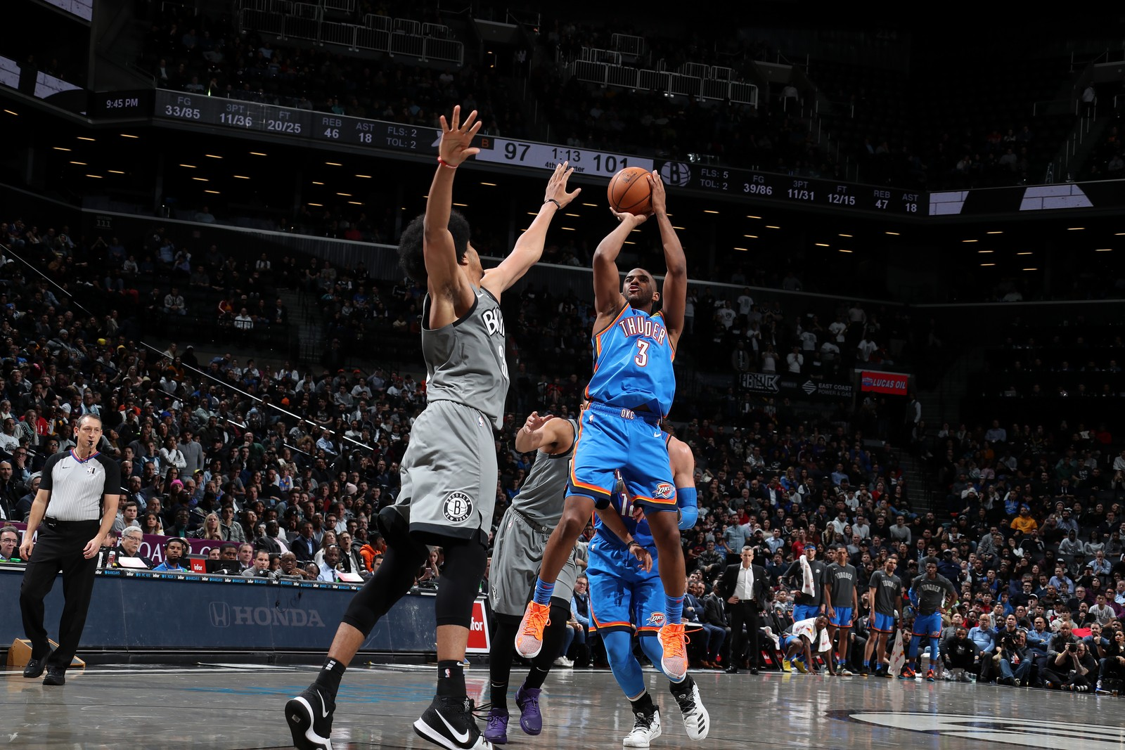 Chris Paul em ação contra o Brooklyn Nets — Foto: Nathaniel S. Butler/NBAE via Getty Images