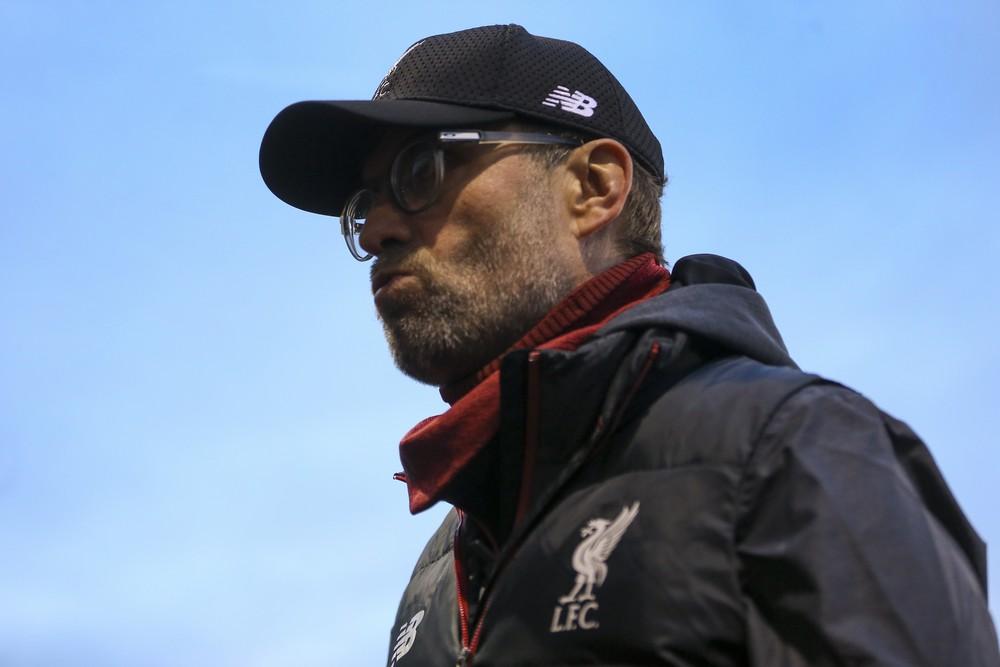 Jürgen Klopp comandou o Liverpool no empate com o Shrewsbury Town no último domingo — Foto: Getty Images