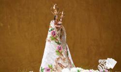 Manto de Nossa Senhora de Nazaré é apresentado e emociona fiéis na Paróquia São Pedro e São Paulo
