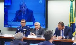 Aumenta número de militares no governo; Procura por crédito tem maior crescimento em 9 anos