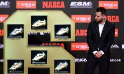Das mãos de filhos, Messi recebe sua sexta Chuteira de Ouro, após marcar 36 gols no Espanhol