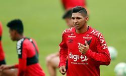 Disputado por Corinthians e Palmeiras, Rony passa a treinar com time B do Athletico