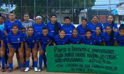 Super Copa Rosa: competição de futebol amador reúne 400 jogadoras em