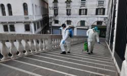 Mulher italiana está presa em casa com corpo de marido morto há 2 dias por coronavírus