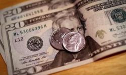 Dólar recua e Ibovespa apresenta alta, apesar da crise chinesa