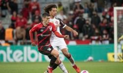 Flamengo e Athletico-PR disputam vaga na final da Copa do Brasil