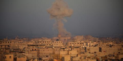'Minha vida é ficar no porão o dia todo', conta síria que vive com 150 pessoas no subsolo de Guta Oriental