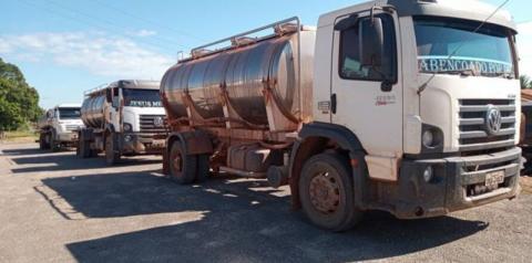 Ação apreende 20 mil litros de leite irregular no Pará.