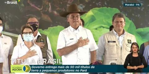Em Marabá, Bolsonaro causa aglomeração em cerimônia para entregar títulos de propriedade rural
