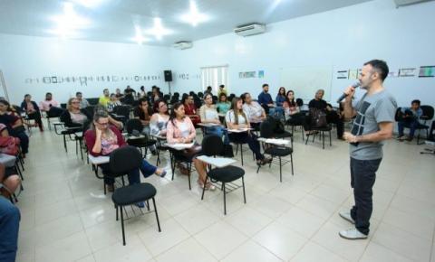 Em Canaã, encontro do NIC debate garantia dos direitos da criança e adolescente
