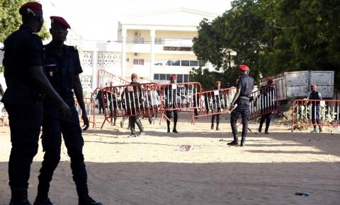 Professor de escola que acorrentava alunos no Senegal é condenado