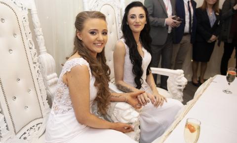 Irlanda do Norte celebra primeiro casamento homoafetivo no país
