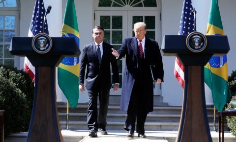 Bolsonaro viaja para encontro com Trump neste sábado na Flórida