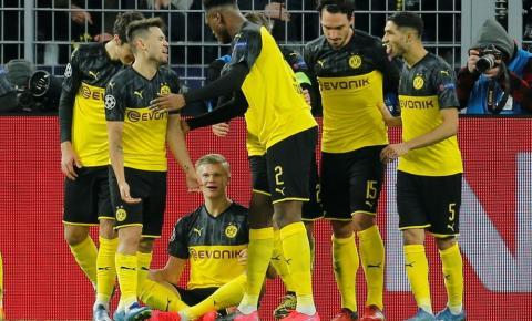 Jogadores do Borussia Dortmund aceitam redução de salário para ajudar na crise do coronavírus