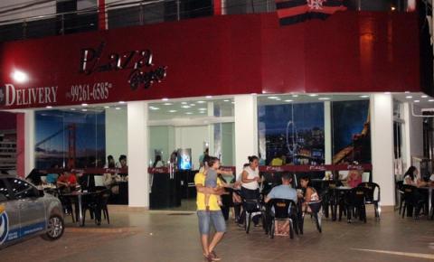 Plaza Burguers recebe clientes em grande estilo e com muita qualidade