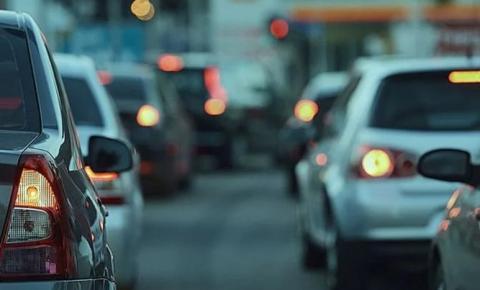 Descontos de IPVA para veículos com finais de placa 07 a 37 vão até segunda-feira.