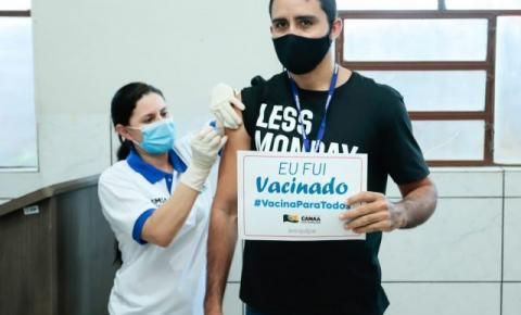 Em Canaã dos Carajás, profissionais da educação pública e privada vacinam nesta quinta-feira (10)