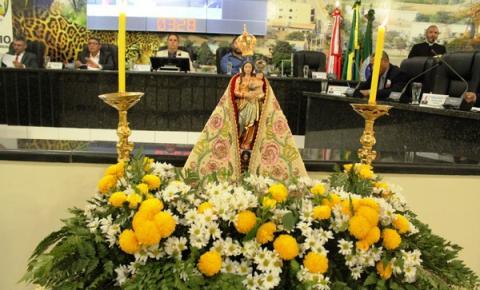Câmara Municipal recebe a imagem peregrina de Nossa Senhora de Nazaré