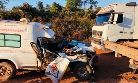 Acidente com ambulância deixa feridos e mulher morta no Pará