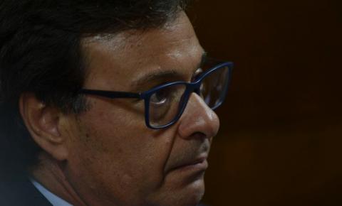 Sem Censura desta segunda-feira recebe o ministro do Turismo
