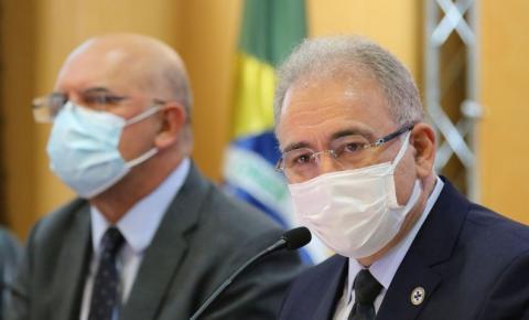 Governo federal propõe vacinar bolsistas da Capes