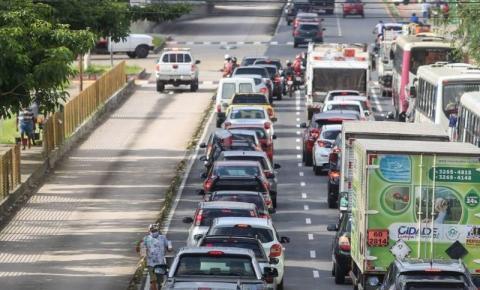 Descontos de IPVA para veículos com finais de placa 79 a 99 terminam na segunda-feira