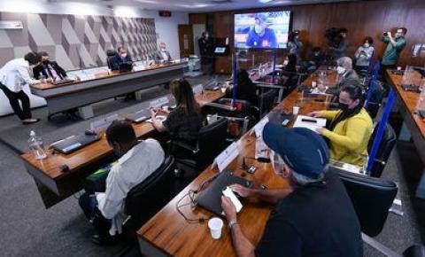 Parentes de vítimas da covid-19 fazem relatos e pedem mudanças na lei CPI da Pandemia ouvirá o último depoente nesta terça-feira