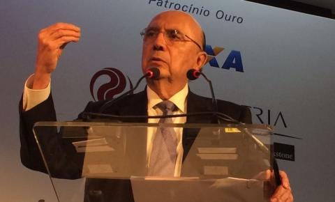 'O Congresso tem que mostrar que não vai parar', diz Meirelles